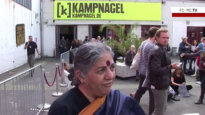 Gipfelstürmer - 6 Fragen zum G 20 an Vandana Shiva